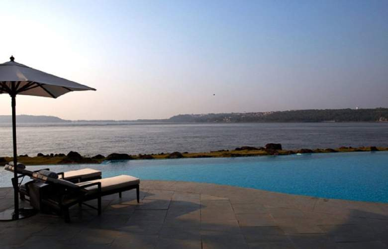 Goa Marriott Resort & Spa - Pool - 4