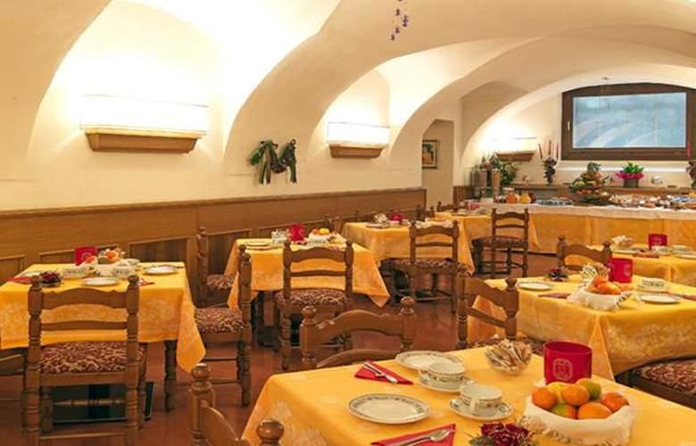 Pinzolo Dolomiti - Hotel - 2