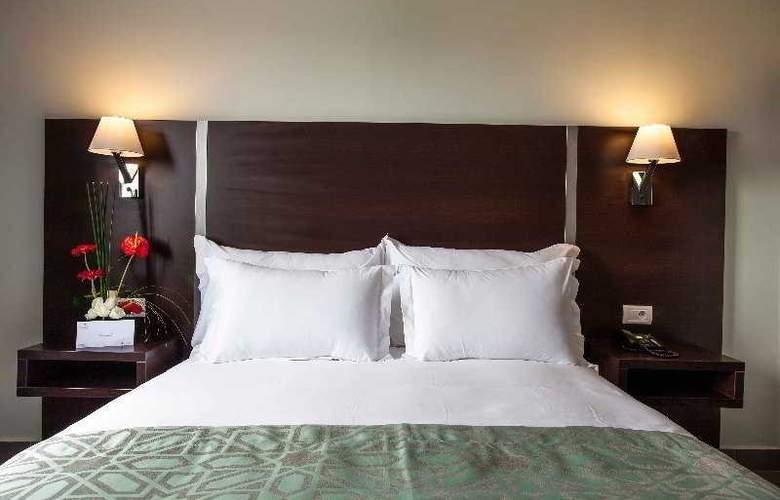Atlas Sky Airport Hotel - Room - 18