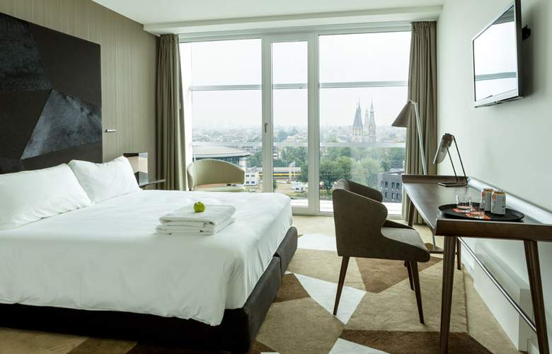 Room Mate Aitana - Room - 14