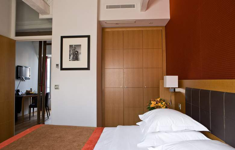 Le Six Hotel - Room - 6