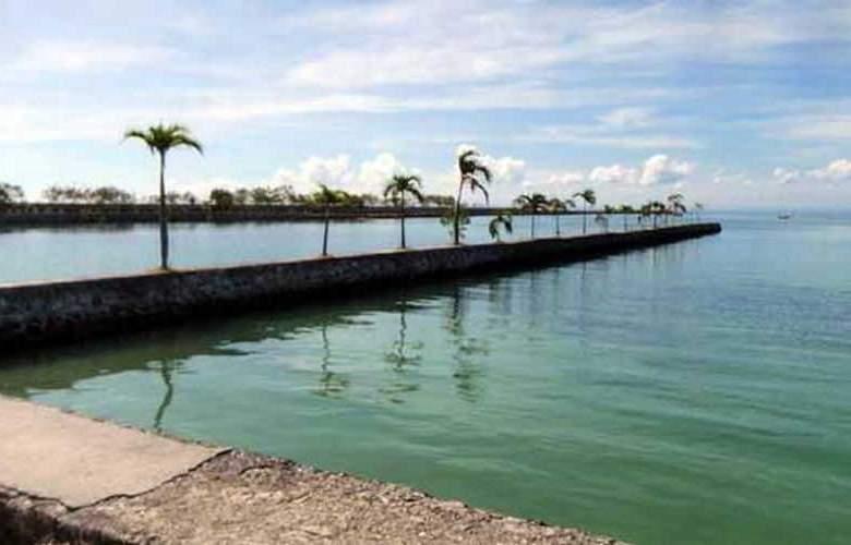 Cordova Reef Village Resort - Beach - 34
