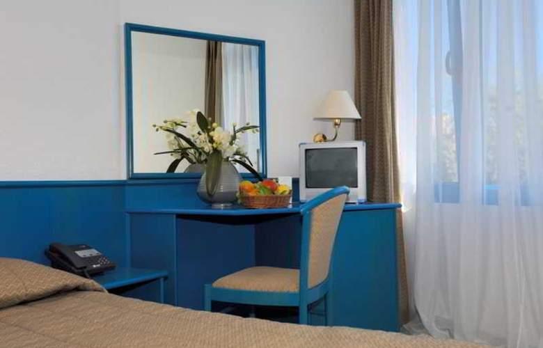 Funtana Resort - Room - 9