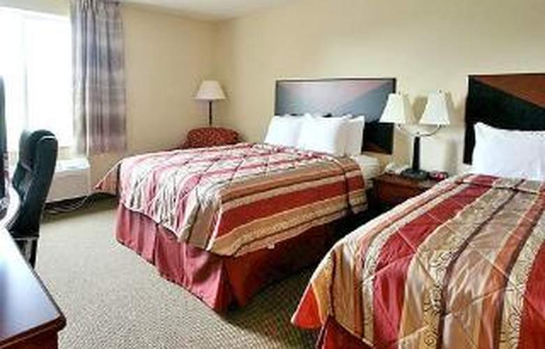 Sleep Inn & Suites - Room - 3