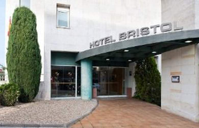 Catalonia Bristol - Hotel - 0