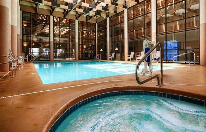 Best Western Ruby's Inn - Pool - 91