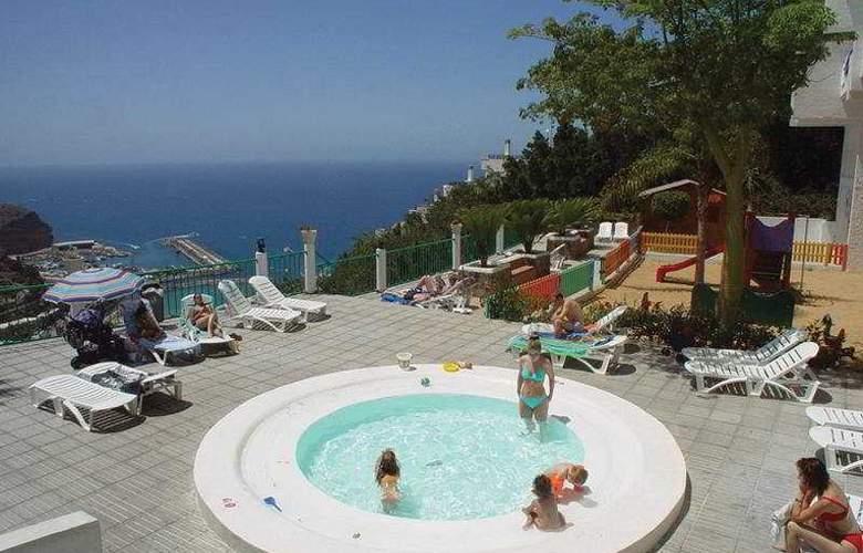 Monteparaiso - Pool - 6