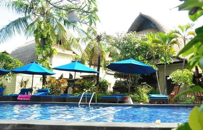 Puri Dewa Bharata - Pool - 48