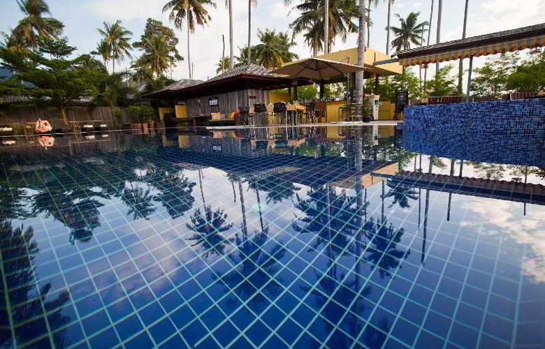 Gajapuri Resort & Spa - Pool - 6