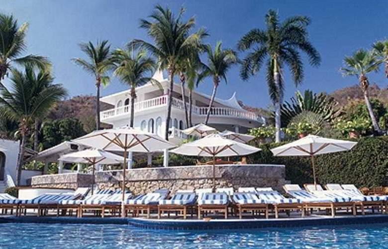 Villavera & Raquet Club - Pool - 3