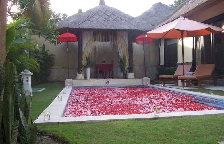 Bali Merita Villa - Pool - 5