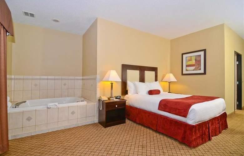 Best Western Plus Macomb Inn - Room - 57