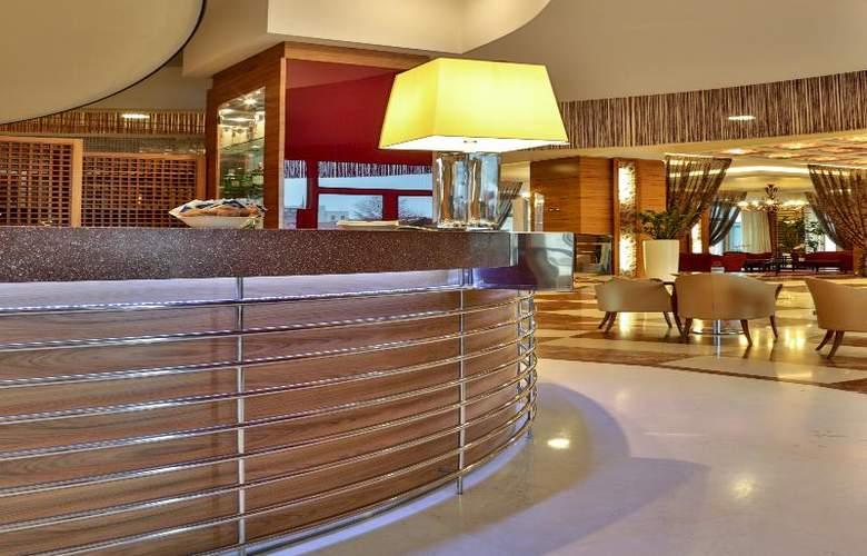 Atahotel Expo Fiera - Bar - 5