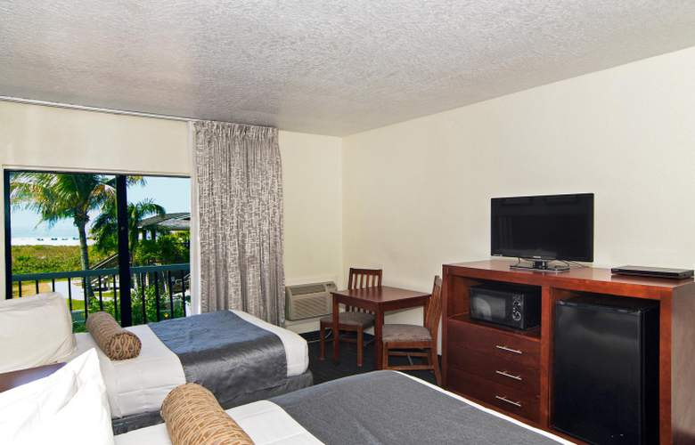 The Beachcomber Hotel & Resort - Room - 2