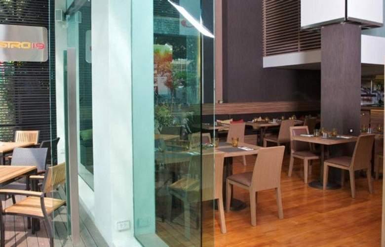 Sacha's Hotel Uno - Restaurant - 11