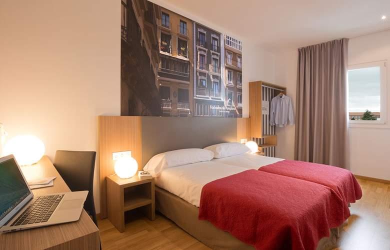 Hostal Pamplona - Room - 10