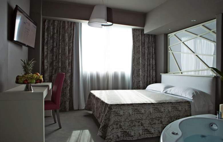 Smart Hotel Rome - Room - 21