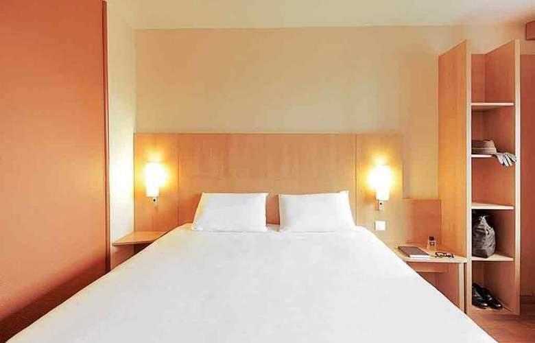 Ibis Valladolid - Room - 10