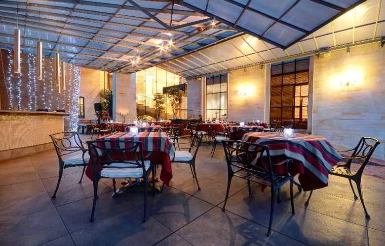 Dann Carlton Medellin - Terrace - 6