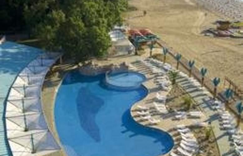 Borjana - Pool - 3