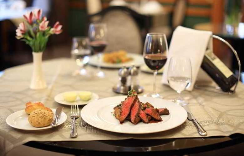 Grand Hotel Bohemia - Restaurant - 19