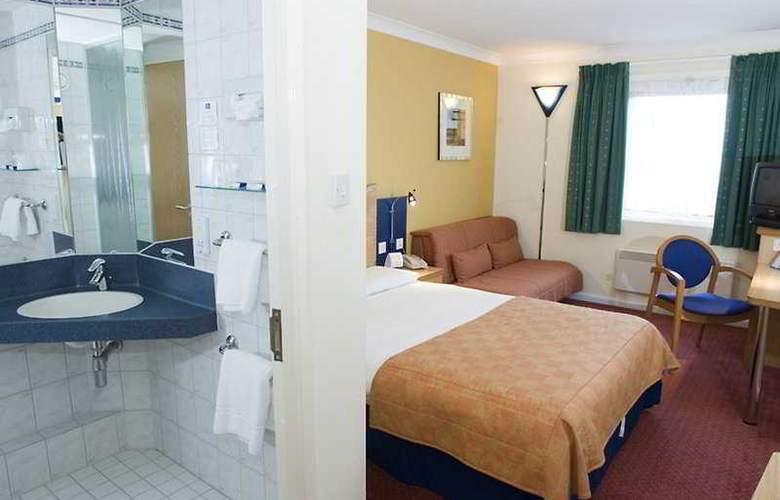 Holiday Inn Express Bristol North - Room - 2