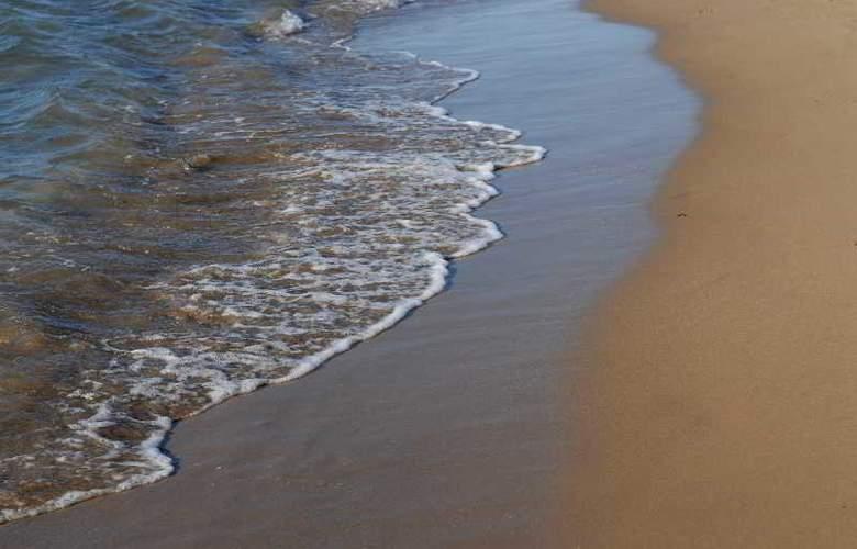 Klinakis Beach Hotel - Beach - 3