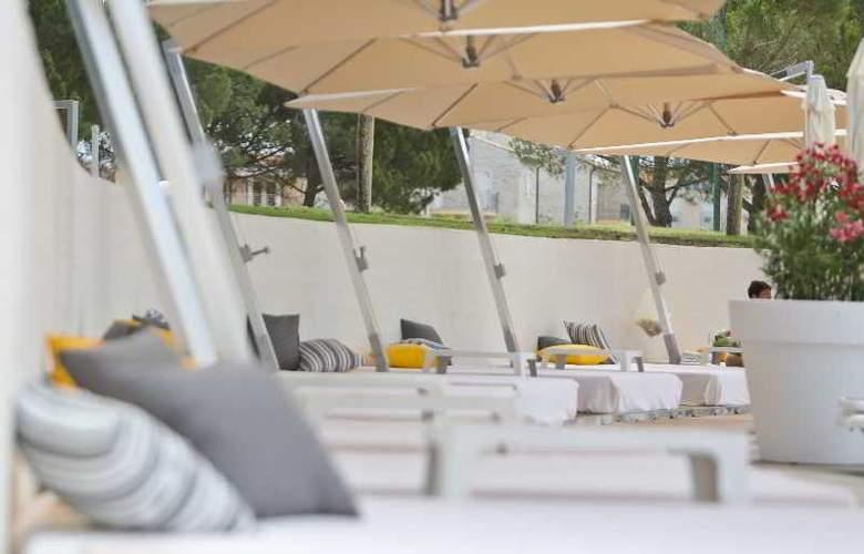 Park Plaza Belvedere Medulin - Beach - 12