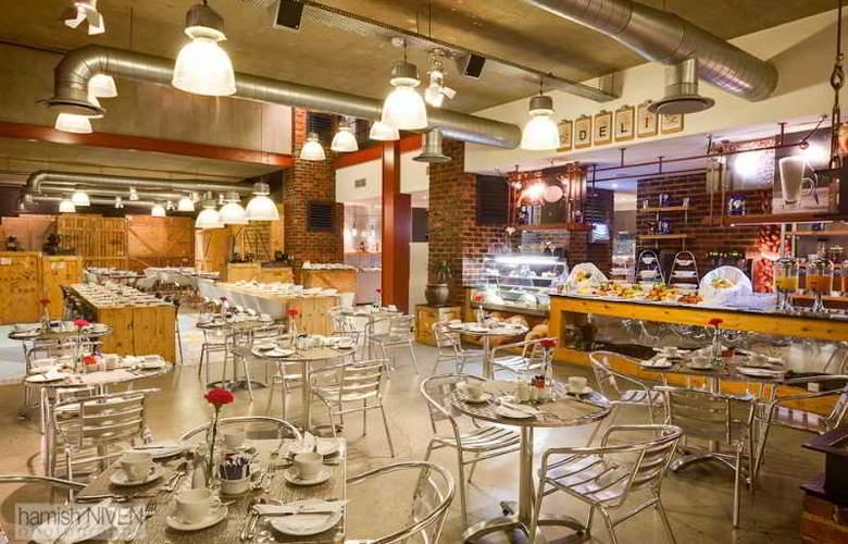 Protea Hotel OR Tambo Airport - Restaurant - 10