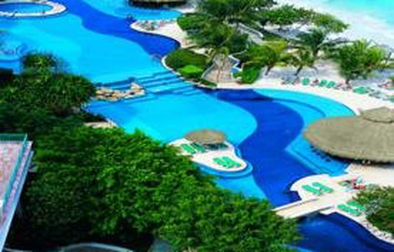 Grand Fiesta Americana Coral Beach Resort & Spa - Pool - 7