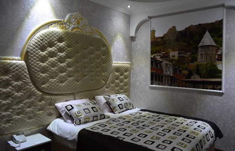 Boutique Hotel Elegant - Room - 20