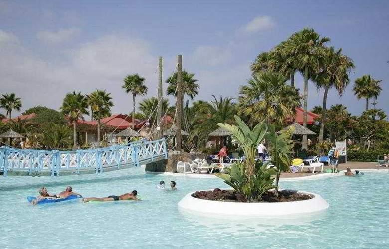 Cay Beach Princess - Pool - 5