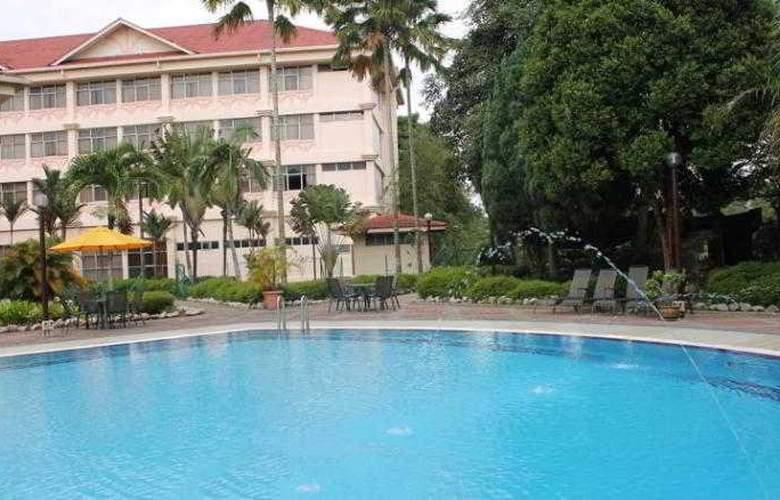 Hotel Selesa Pasir Gudang - Pool - 14