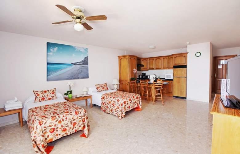 Royal Sun Resort - Room - 9