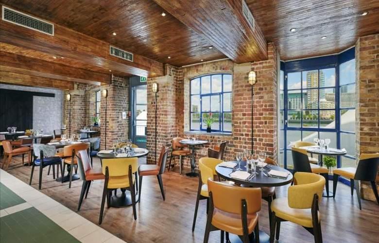 Hilton London Docklands Riverside - Restaurant - 51