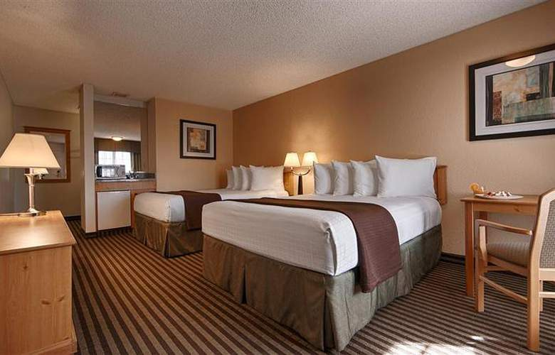 Best Western Americana Inn - Pool - 67