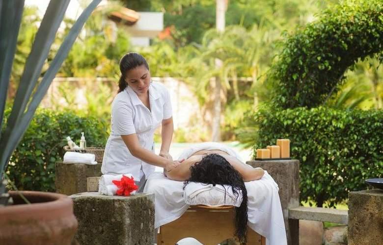 Grand Park Royal Luxury Resort Puerto Vallarta - Services - 6