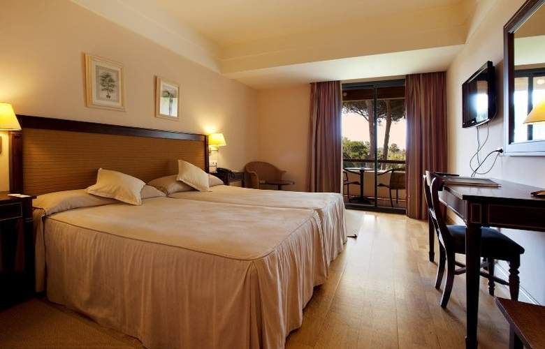 Guadacorte Park - Room - 10