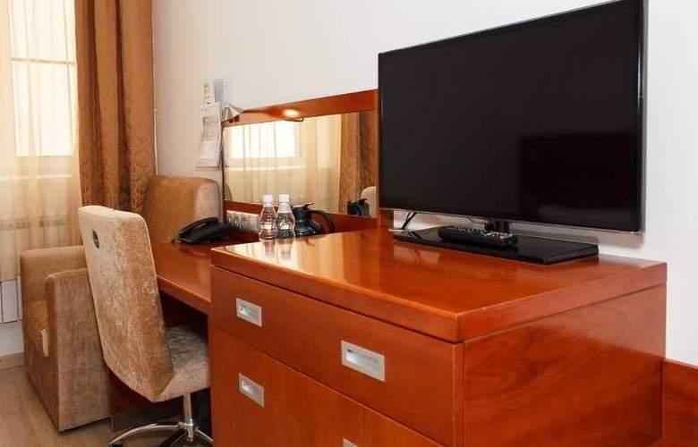 Arealinn - Room - 17