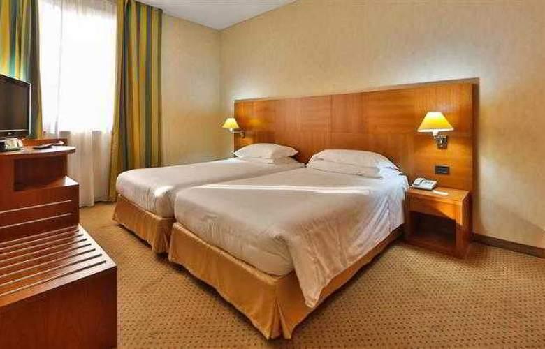 Best Western Cavalieri della Corona - Hotel - 9