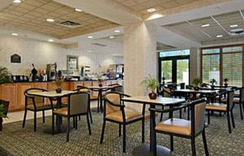 Four Points by Sheraton Houston Memorial City - Restaurant - 6