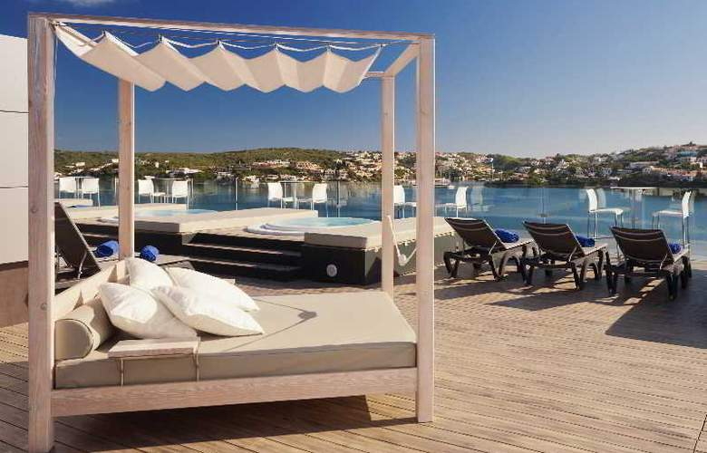 Barceló Hamilton Menorca - AdultsOnly - Terrace - 45