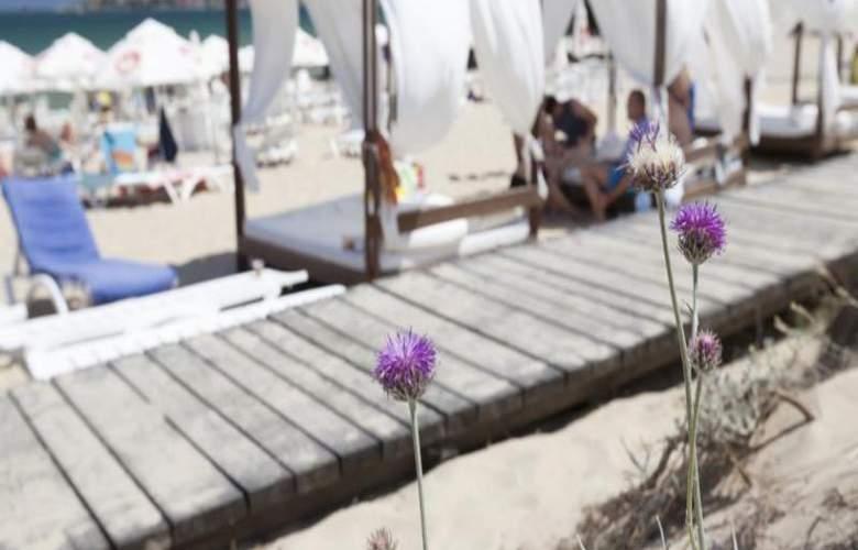 Amfora Beach - Beach - 7