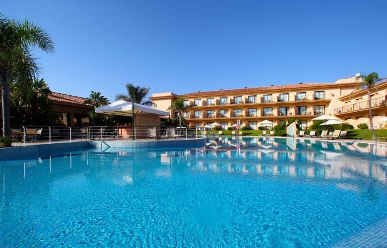PortBlue LaQuinta Hotel & Spa - Pool - 3