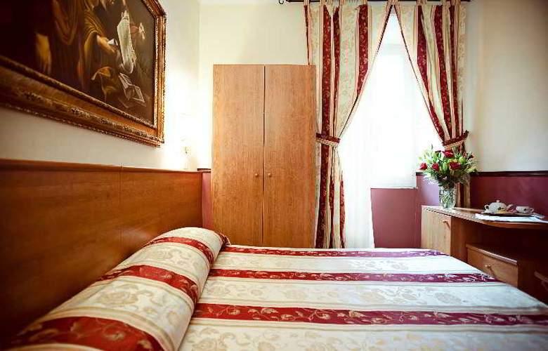 Saturnia - Room - 7