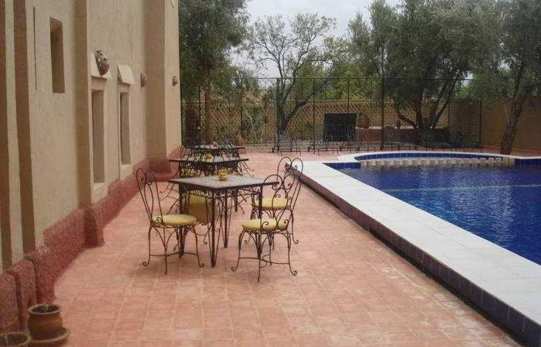Kasbah Ait Ben Damiette - Pool - 9