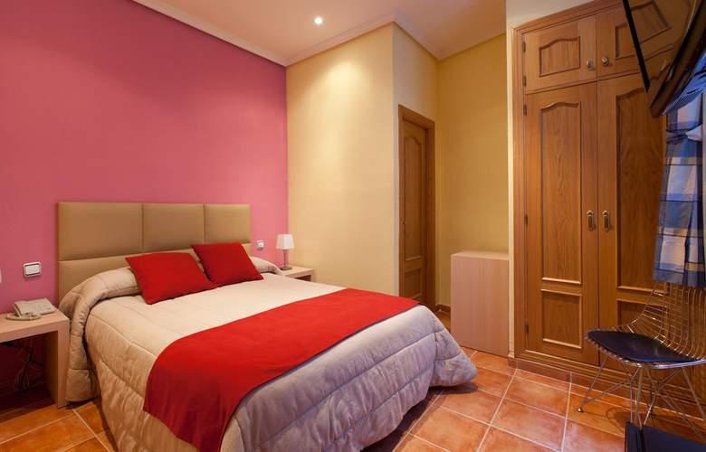 Hostal Las Fuentes - Room - 9