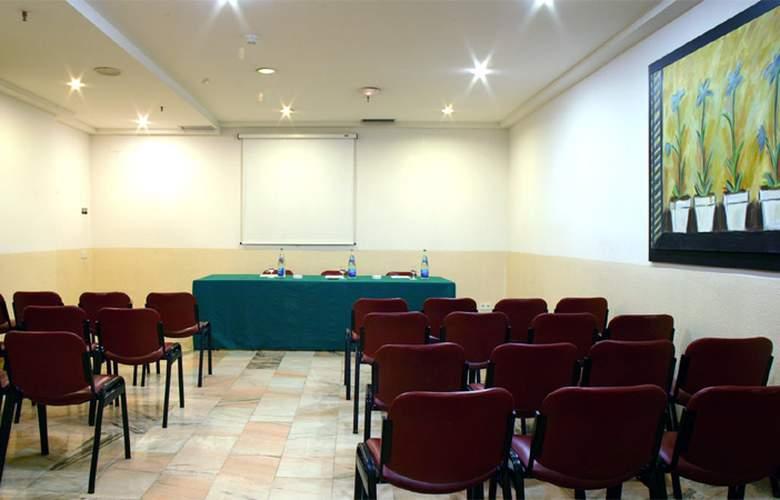 Catalonia Albeniz - Conference - 4