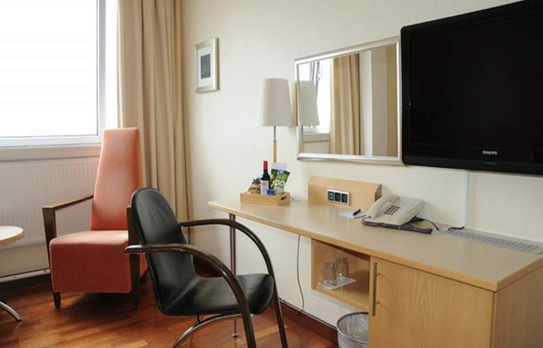 Quality Airport Hotel Dan - Room - 7