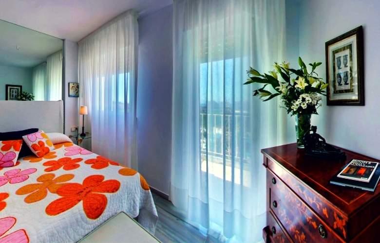 Albayzin Del Mar - Room - 8